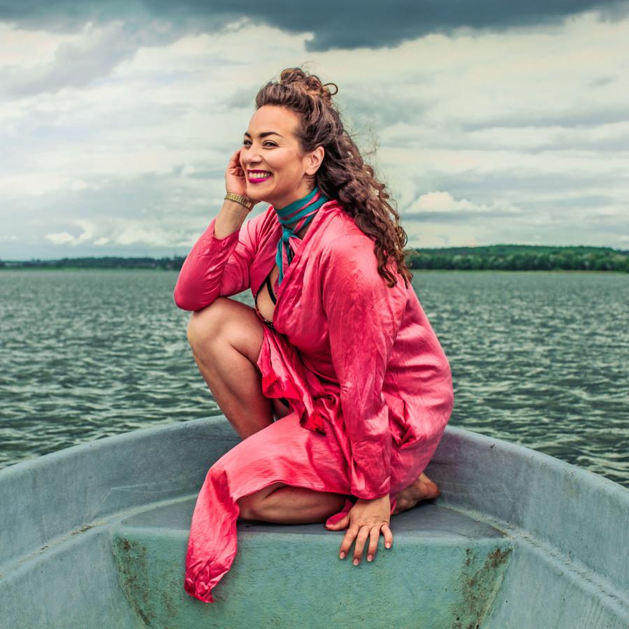 esra_press_boat_pink